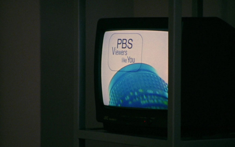 PBS 'Viewers like You' Television broadcasting and JVC TV in Sex and the City S03E07 Drama Queens (2000)