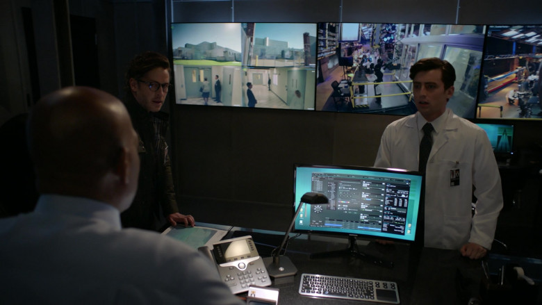 Samsung PC Monitor in Manifest S03E13 Mayday Part 2 (2021)