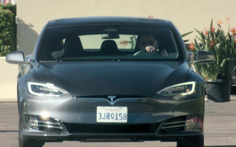 Tesla Model S all-electric five-door liftback sedan Driven by John Stamos as Marvyn Korn in Big Shot S01E09 Beth Macbet