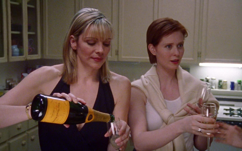 Veuve Clicquot Champagne Bottle Held by Kim Cattrall as Samantha Jones in Sex and the City S01E06 Secret Sex 1998 TV Show (1)