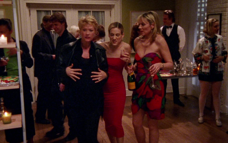 Veuve Clicquot Champagne in Sex and the City S01E10 The Baby Shower (1998)